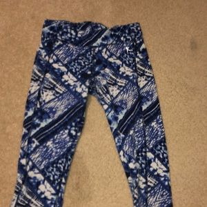 Pants - Blue and White quarter length leggings